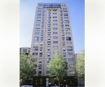 GREAT STUDIO IN KIPS BAY ...... GREAT SPACE ........CLOSE TO LOTS OF SHOPPING AND TRAINS