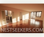 Lincoln Sq Extra Large 2 Bed 2 Bath // Stunning High End Renovations // Washer-Dryer and Private Balcony