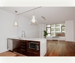 BEST PRICE AT POWERHOUSE CONDO - CONVERTIBLE 2 BED 1018SF -