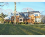 SAG HARBOR STUNNING 4 BEDRROM MODERN WITH POOL!