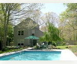 4 BEDROOM SALTBOX IN EAST HAMPTON