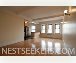 Breathtaking West Village Penthouse with Private Roof Terrace // Large 2 Bed with Panoramic Views // Doorman