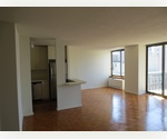 1 Bedroom In a Stylish And Dark True Center Of Manhattan