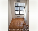 Beautiful Chelsea Townhouse-style Duplex Loft // 1 Bed with Sleeping Loft // Washer-Dryer in Unit // Private Patio