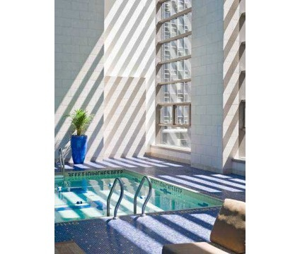 ONE BEDROOM! downtown, $2995. great deal! POOL! hardwood floors, roofdeck!