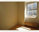 No Fee, Charming 1 Bedroom in Downtown