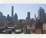 NEW TO MARKET - JUNIOR 4 WITH AMAZING OPEN POSTCARD VIEWS OF THE CITY!!!!