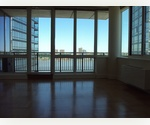 * Best of Manhattan*LARGE 3 BED, 3 BATH- 1726 SQ. FEET. CORNER UNIT WITH RIVER VIEW, LARGE FOYER,  OPEN KITCHEN AND LARGE WALK- IN CLOSETS. HARDWOOD FLOORS THROUGHTOUT ENTIRE APT EXPOSURE: N/W